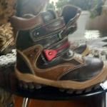 Детская обувь, размер 27 демисезонная.