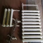 Продам чугунные радиаторы отопления