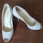 Продам качественные кожаные туфли р. 37