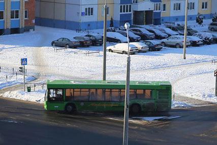 """Теперь с остановкой """"Поликлиника"""". Изменился маршрут еще двух городских автобусов"""